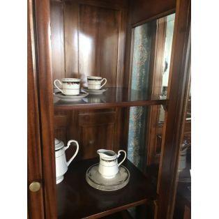 Шкаф-витрина для посуды в гостиную PBC 16